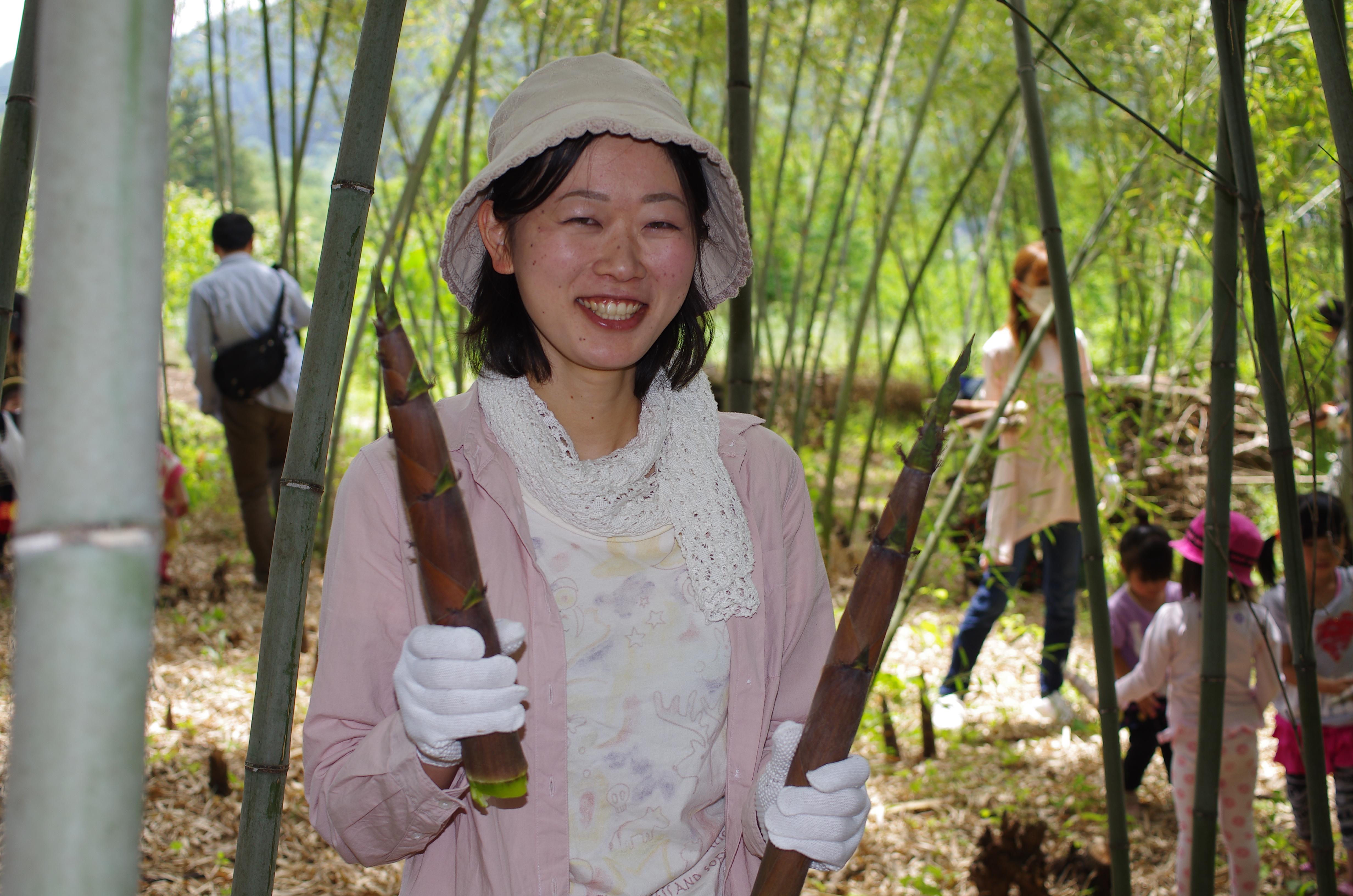 タケノコ狩りとタケノコの料理体験 ※終了しました